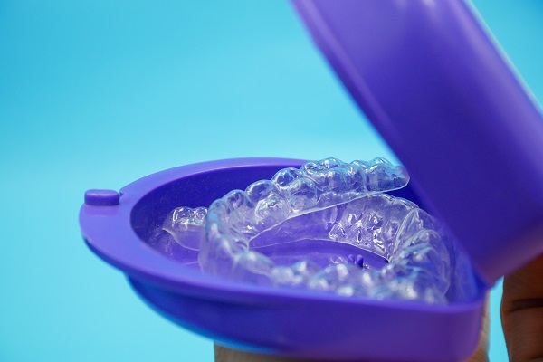 Reasons To Straighten Teeth With Clear Aligners